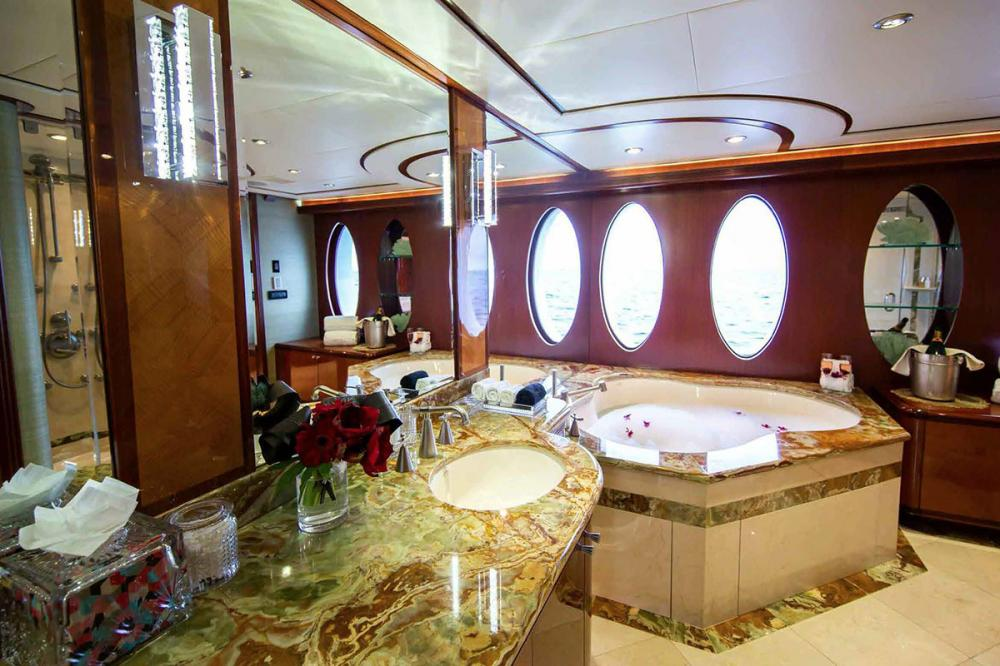 JUST ENOUGH - Luxury Motor Yacht For Charter - Master Suite - Img 4 | C&N