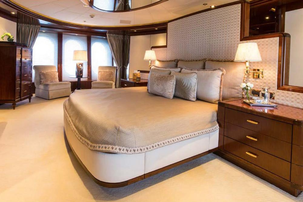 BLUE MOON - Luxury Motor Yacht For Charter - Master Stateroom - Img 1   C&N