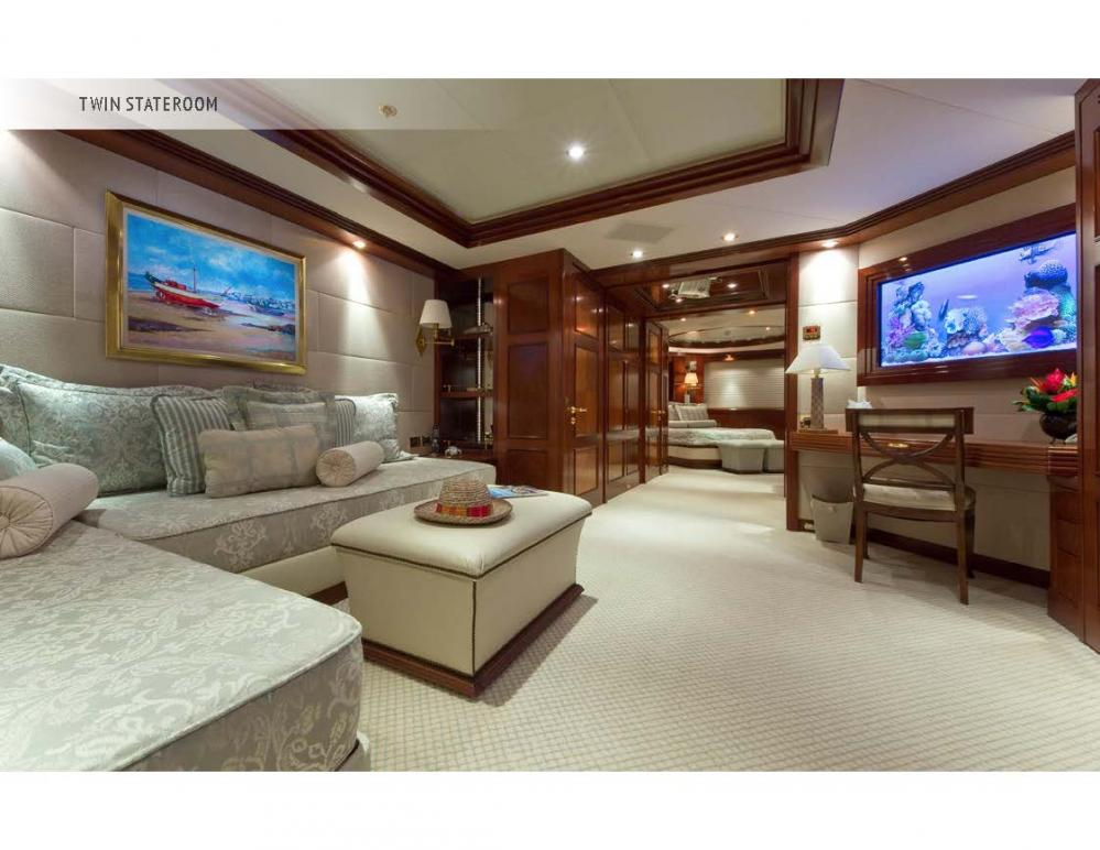 BLUE MOON - Luxury Motor Yacht For Charter - Three Queen Staterooms - Img 2   C&N