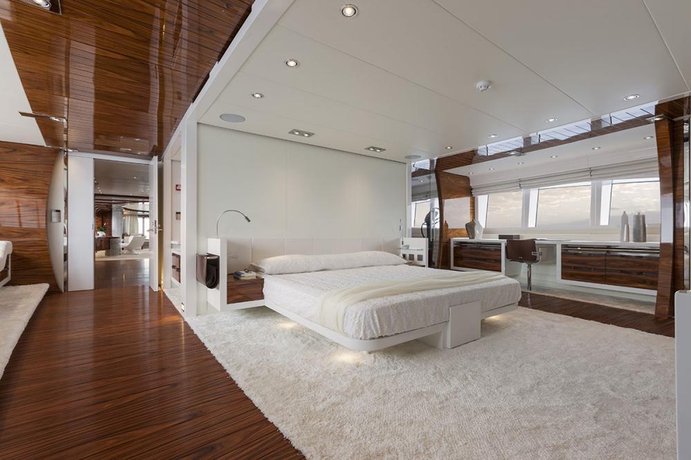 VULCAN 46M - Luxury Motor Yacht For Sale - Owner's Cabin - Img 1 | C&N