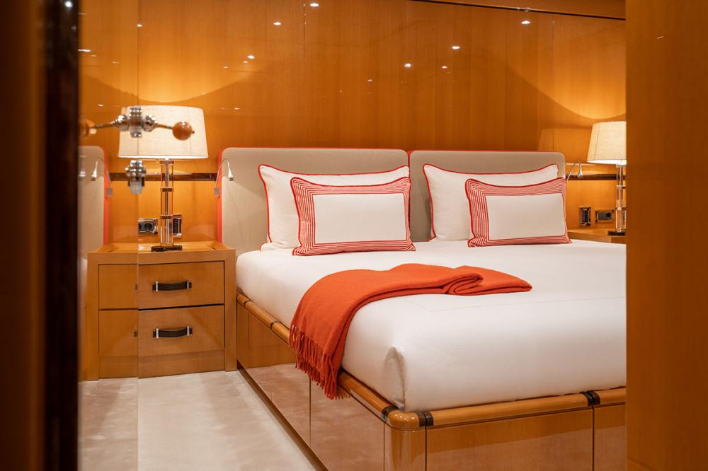 SERENITY J - Luxury Motor Yacht For Charter - 5 GUEST CABINS - Img 1 | C&N