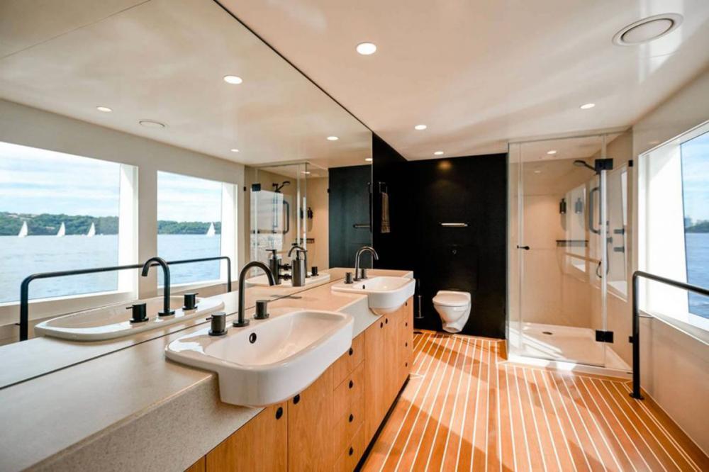 SAHANA - Luxury Motor Yacht For Charter - Master Cabin - Img 4 | C&N