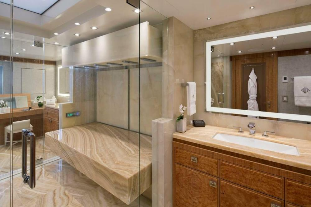 MUCHOS MAS - Luxury Motor Yacht For Charter - Master Suite - Img 1 | C&N