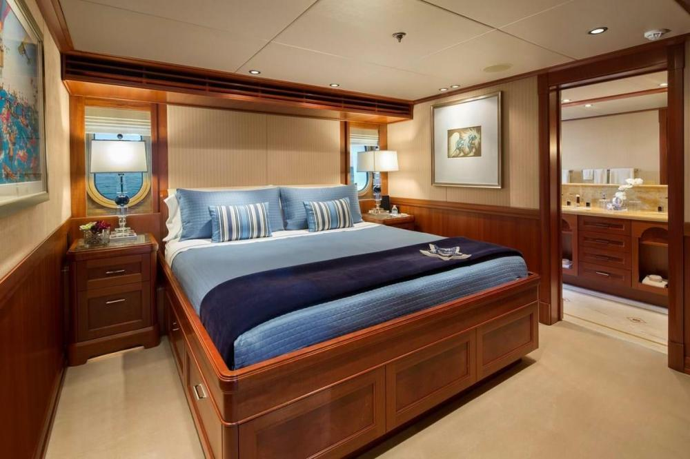 PISCES - Luxury Motor Yacht For Charter - Two VIP Cabins - Img 1 | C&N
