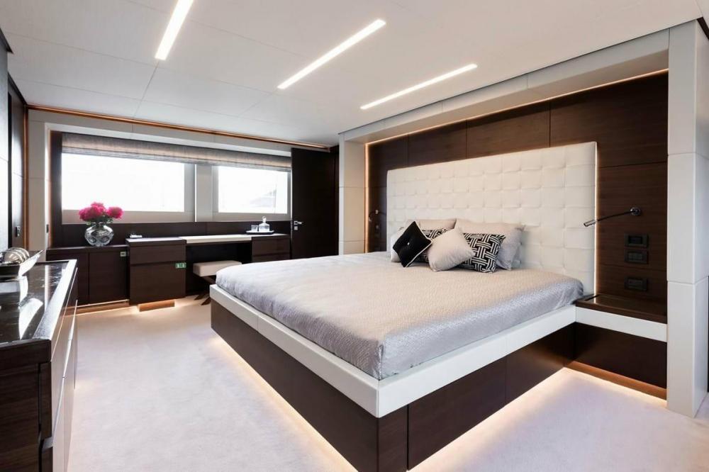 ALTAVITA - Luxury Motor Yacht For Charter - Owner Suite - Img 1 | C&N