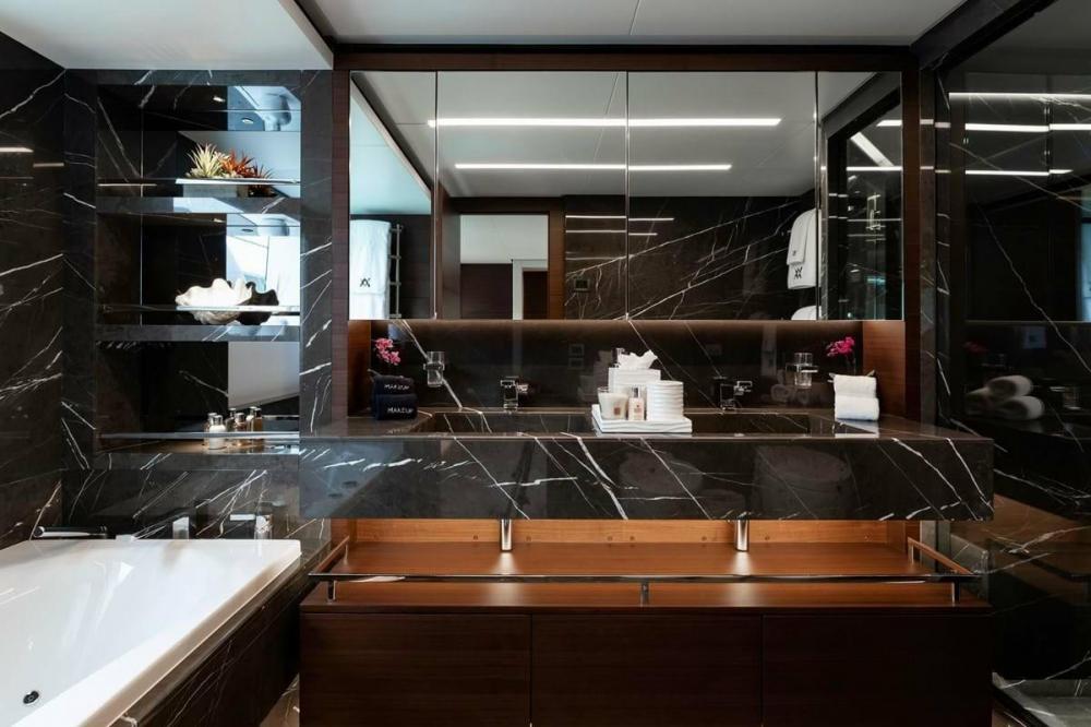 ALTAVITA - Luxury Motor Yacht For Charter - Owner Suite - Img 3 | C&N