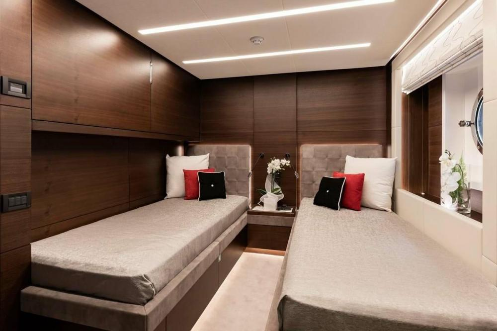 ALTAVITA - Luxury Motor Yacht For Charter - Two Twin Cabins with pullman  - Img 1 | C&N
