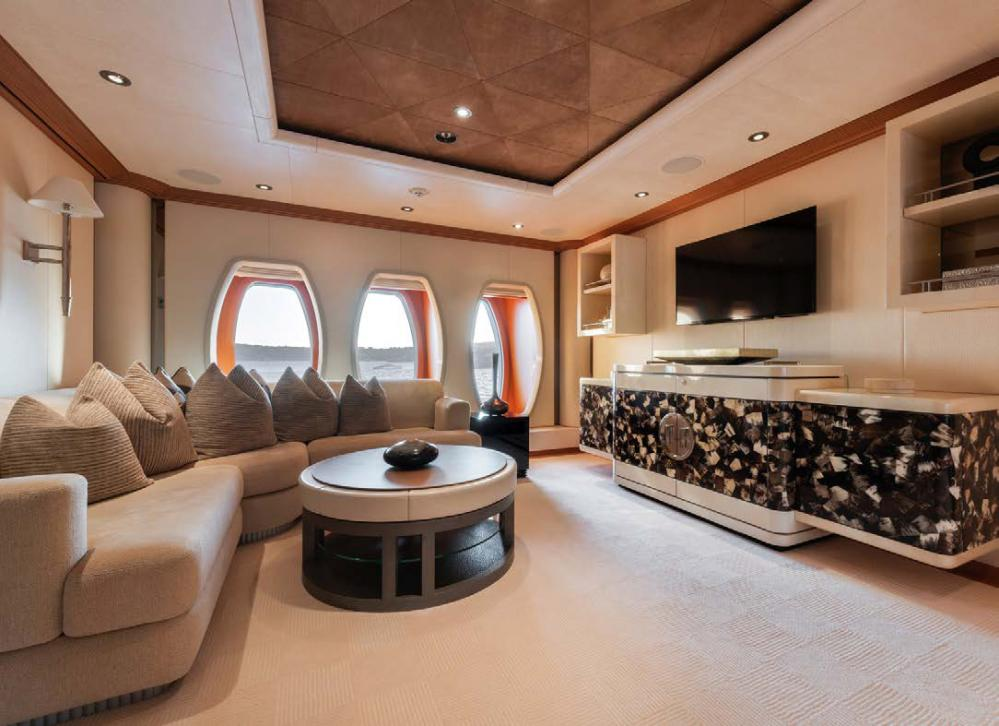 SUNRAYS - Luxury Motor Yacht For Charter - Master double suite  - Img 1   C&N