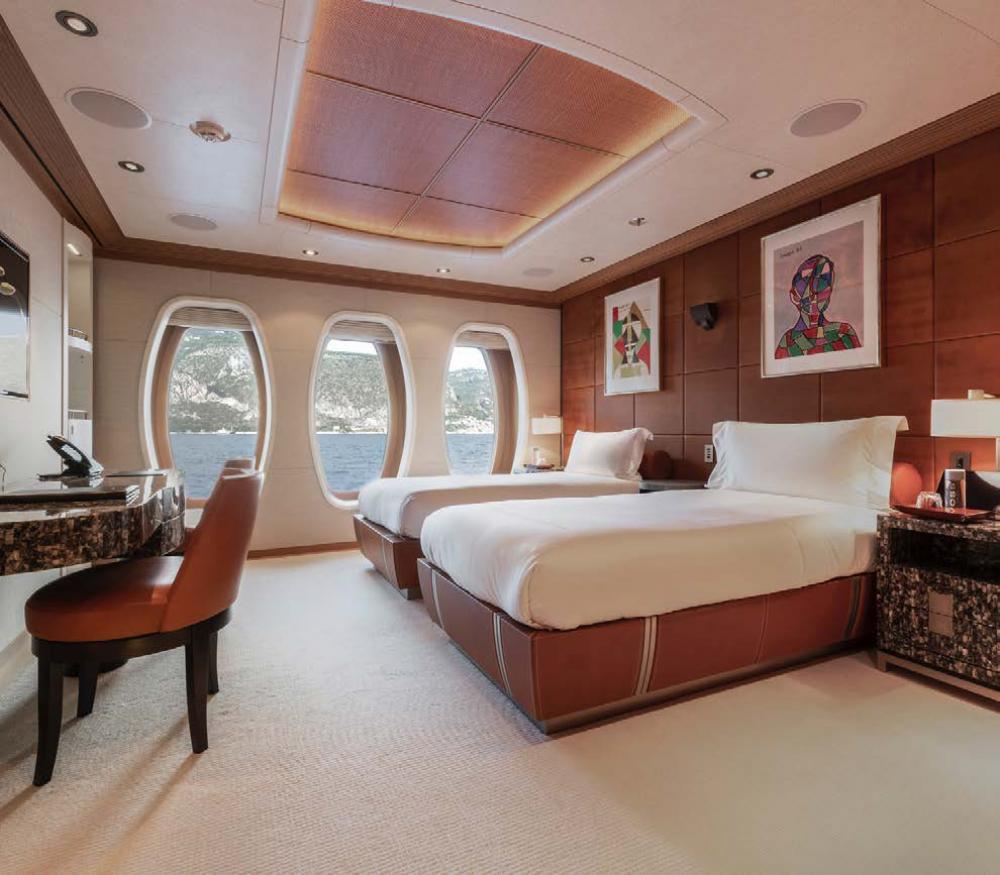 SUNRAYS - Luxury Motor Yacht For Charter - 2 x twin cabins - Img 2   C&N