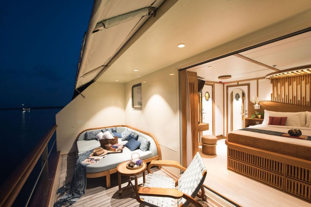 KUDANIL EXPLORER - Luxury Motor Yacht For Charter - 8 DOUBLE/TWIN CABINS - Img 2 | C&N