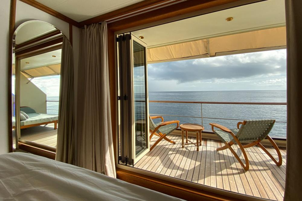 KUDANIL EXPLORER - Luxury Motor Yacht For Charter - 8 DOUBLE/TWIN CABINS - Img 3 | C&N