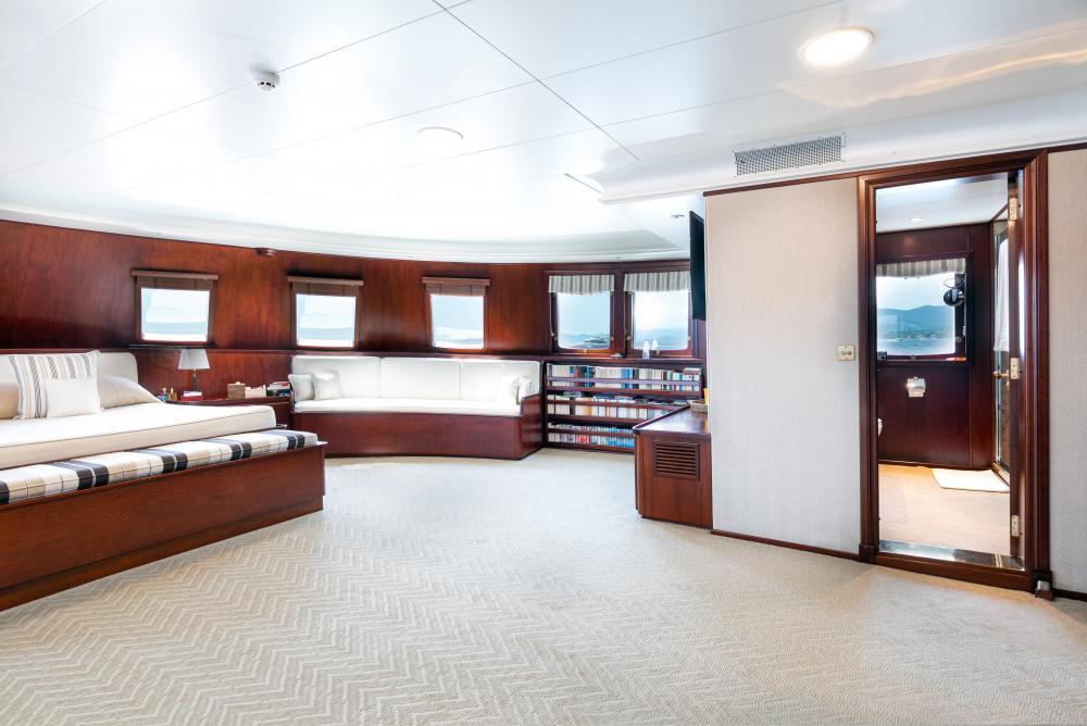 PALOMA - Luxury Motor Yacht For Sale - Master - Img 3 | C&N