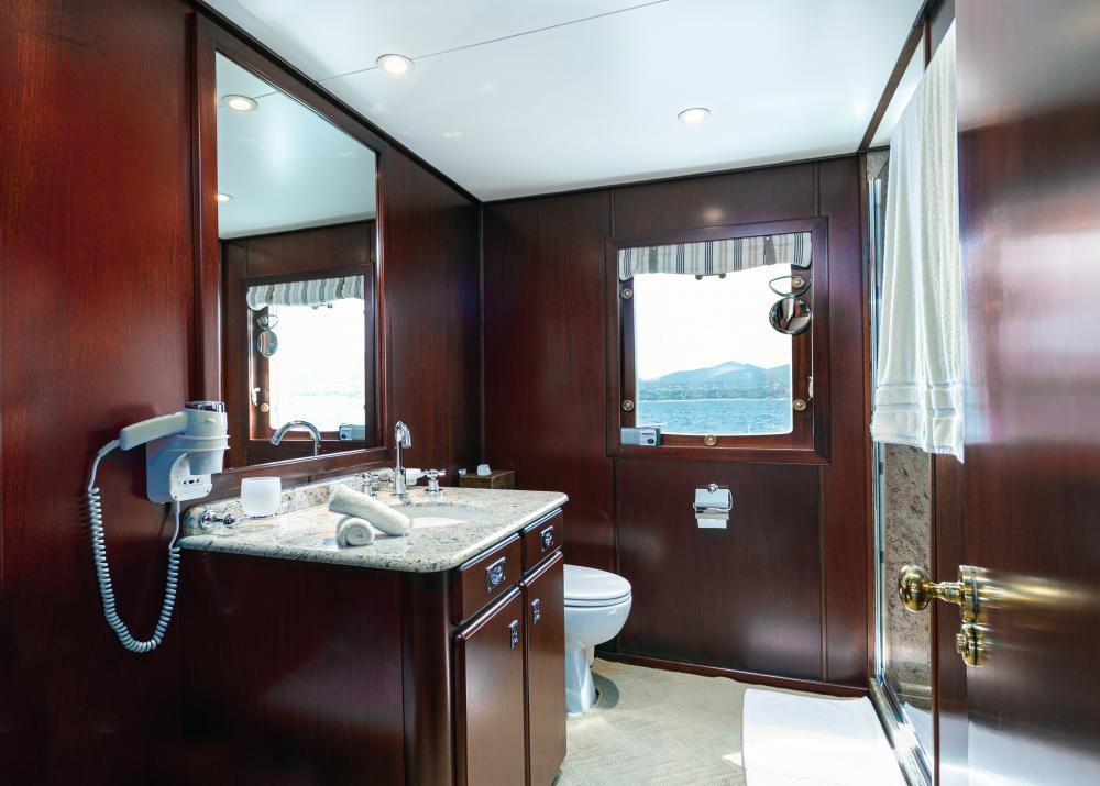 PALOMA - Luxury Motor Yacht For Sale - Master - Img 4 | C&N