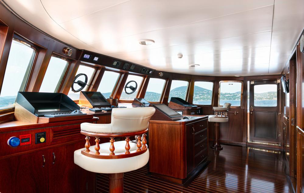 PALOMA - Luxury Motor Yacht For Sale - Pilothouse - Img 1 | C&N