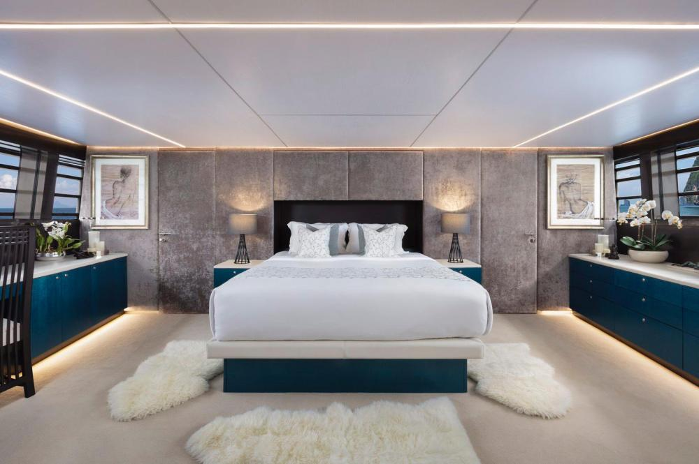 OCEAN EMERALD - Luxury Motor Yacht For Sale - 1 MASTER CABIN - Img 1 | C&N