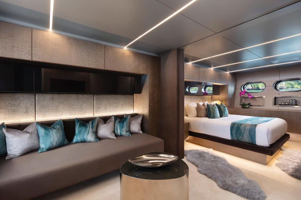 OCEAN EMERALD - Luxury Motor Yacht For Sale - 3 DOUBLE CABINS - Img 1 | C&N