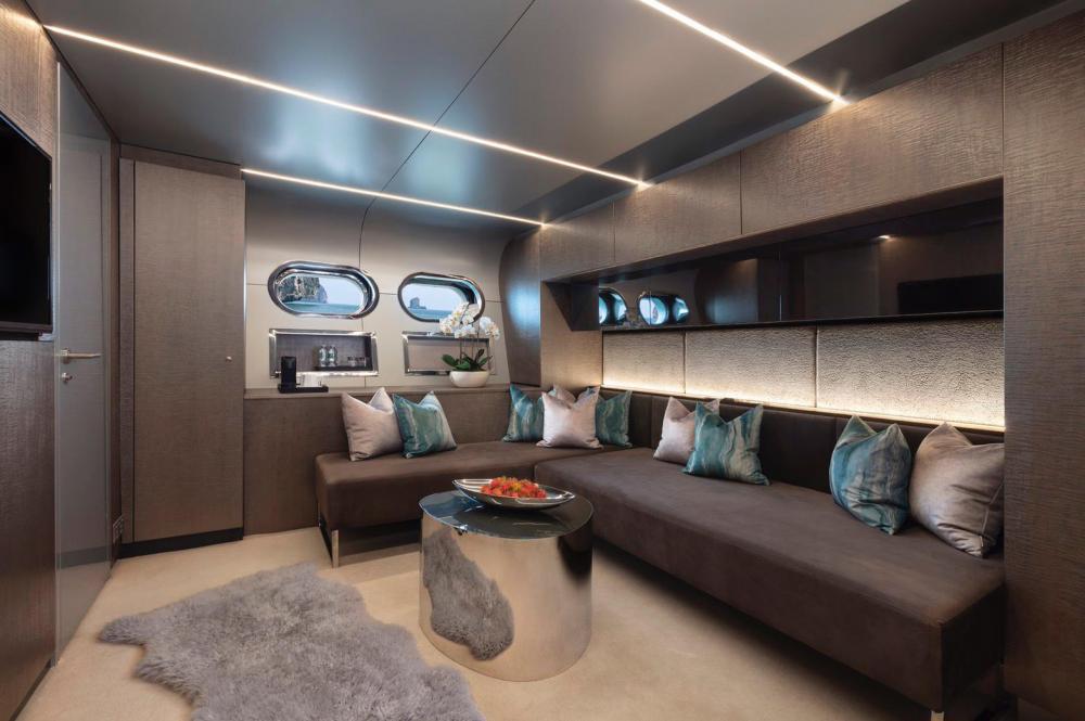 OCEAN EMERALD - Luxury Motor Yacht For Sale - 3 DOUBLE CABINS - Img 4 | C&N