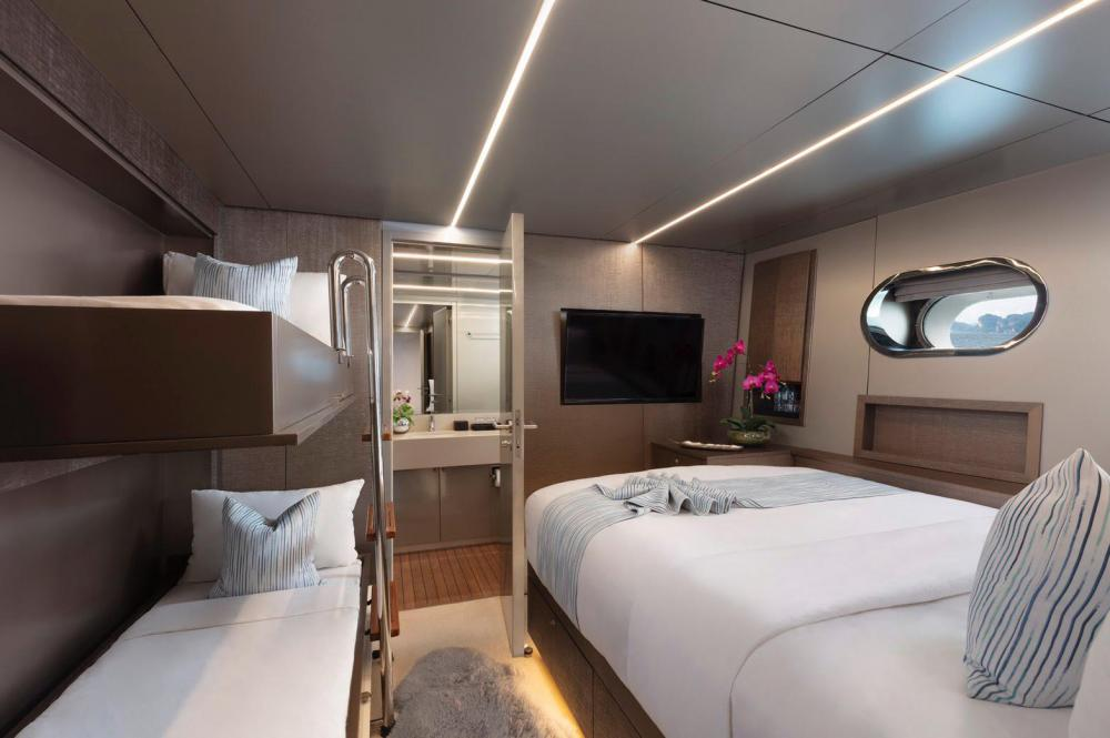 OCEAN EMERALD - Luxury Motor Yacht For Sale - 3 DOUBLE CABINS - Img 5 | C&N