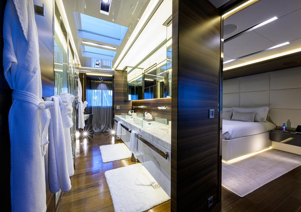 SAFE HAVEN - Luxury Motor Yacht For Charter - Master Cabin - Img 2 | C&N