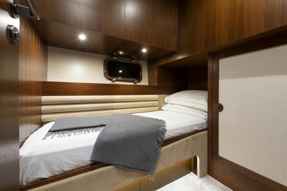 ATTITUDE - Luxury Motor Yacht For Sale - Twin - Img 2 | C&N