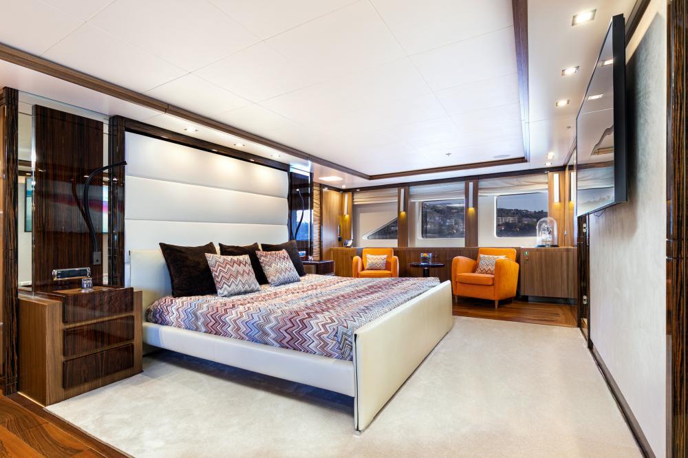 PANAKEIA - Luxury Motor Yacht For Charter - 1 MASTER CABIN - Img 1   C&N