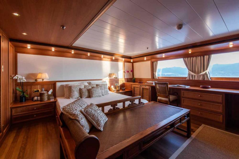 BLEU DE NIMES - Luxury Motor Yacht For Charter - 2 VIP Cabins | 6 Double Cabins | 2 Triple Cabins | 2 Twin Cabins - Img 1 | C&N