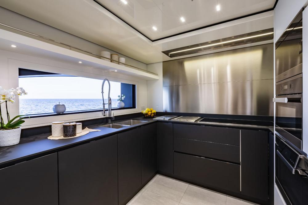 STERN - Luxury Motor Yacht For Sale - GALLEY - Img 1 | C&N