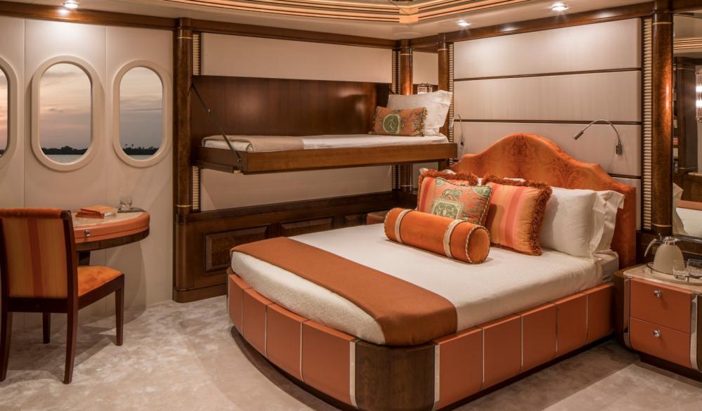 CALYPSO - Luxury Motor Yacht For Charter - 5 DOUBLE CABINS - Img 3 | C&N