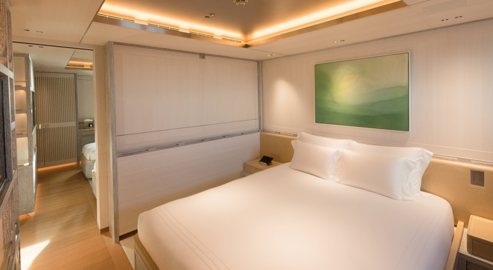 Driftwood - Luxury Motor Yacht For Charter - 3 DOUBLE CABINS - Img 3   C&N