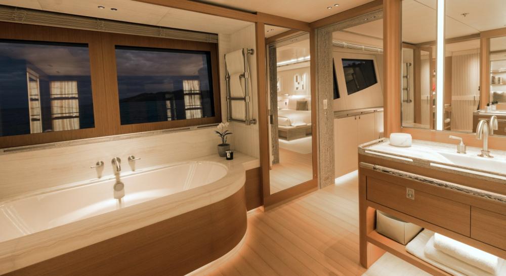 Driftwood - Luxury Motor Yacht For Charter - 1 MASTER CABIN - Img 1   C&N