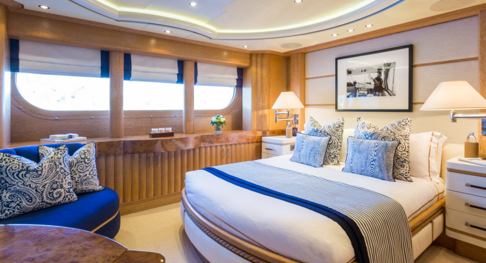 Air - Luxury Motor Yacht For Charter - 2 VIP CABINS - Img 1 | C&N