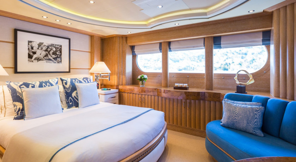 Air - Luxury Motor Yacht For Charter - 2 VIP CABINS - Img 2 | C&N