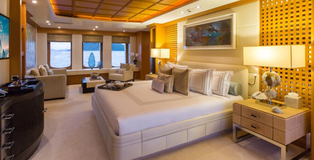 HANIKON - Luxury Motor Yacht For Charter - 1 MASTER CABIN - Img 2   C&N