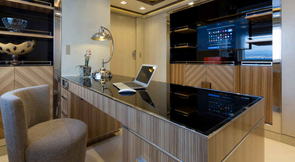 Taiba - Luxury Motor Yacht For Charter - 1 Master Cabin - Img 1   C&N