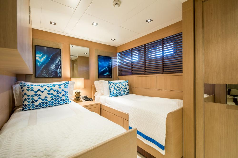 CLICIA - Luxury Motor Yacht For Sale - 2 TWIN CABINS 1 CONVERTIBLE  - Img 1   C&N
