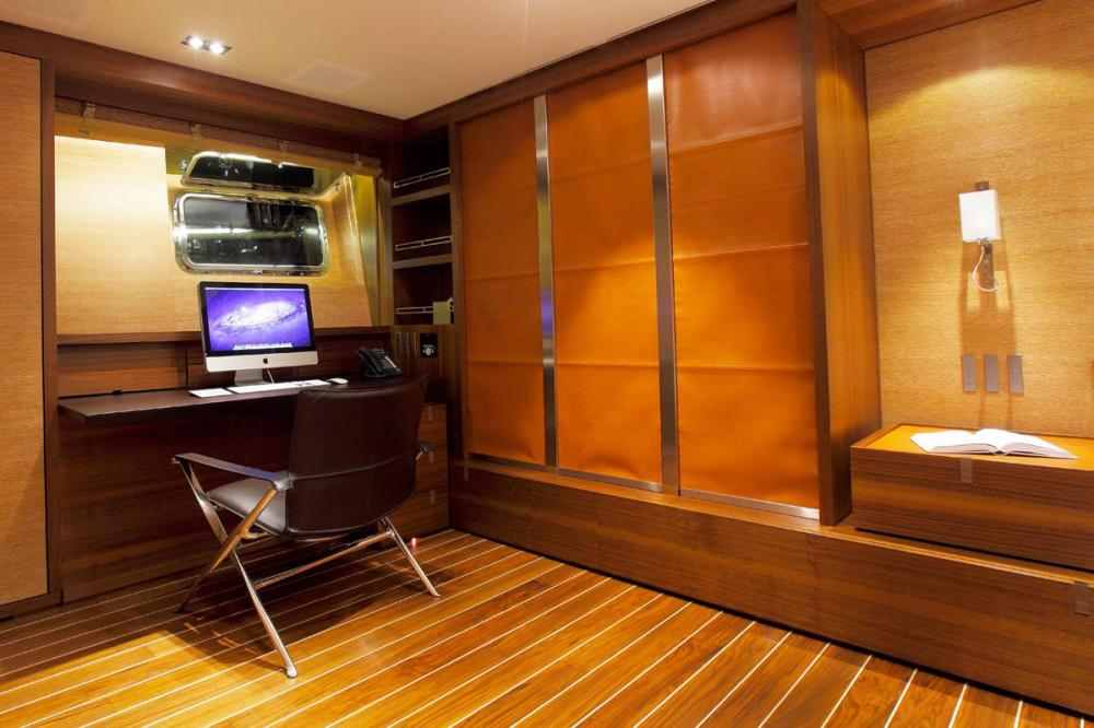 STATE OF GRACE - Luxury Sailing Yacht For Charter - 1 MASTER CABIN - Img 2 | C&N
