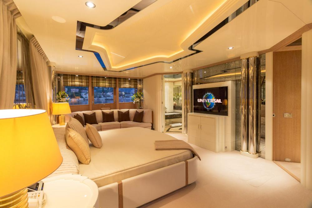 ECLIPSE - Luxury Motor Yacht For Charter - 1 MASTER CABIN  - Img 2 | C&N