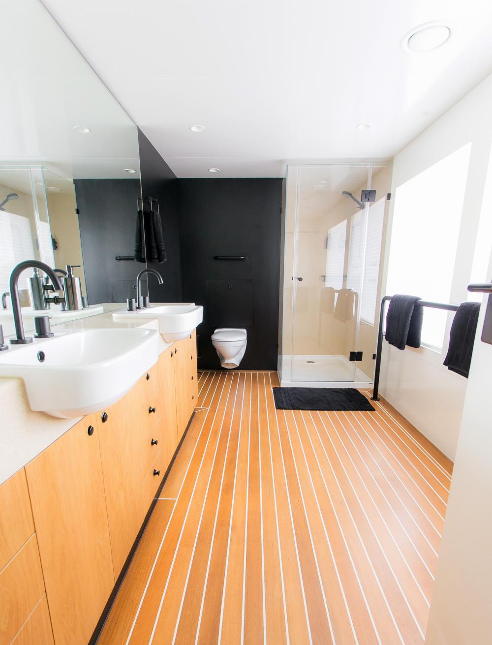 SAHANA - Luxury Motor Yacht For Charter - Cabin 3 - Img 3 | C&N