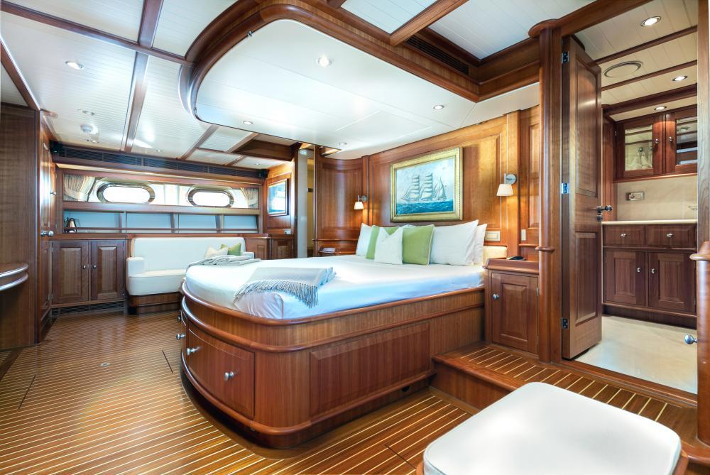 WELLENREITER - Luxury Sailing Yacht For Sale - 1 MASTER CABIN - Img 2   C&N