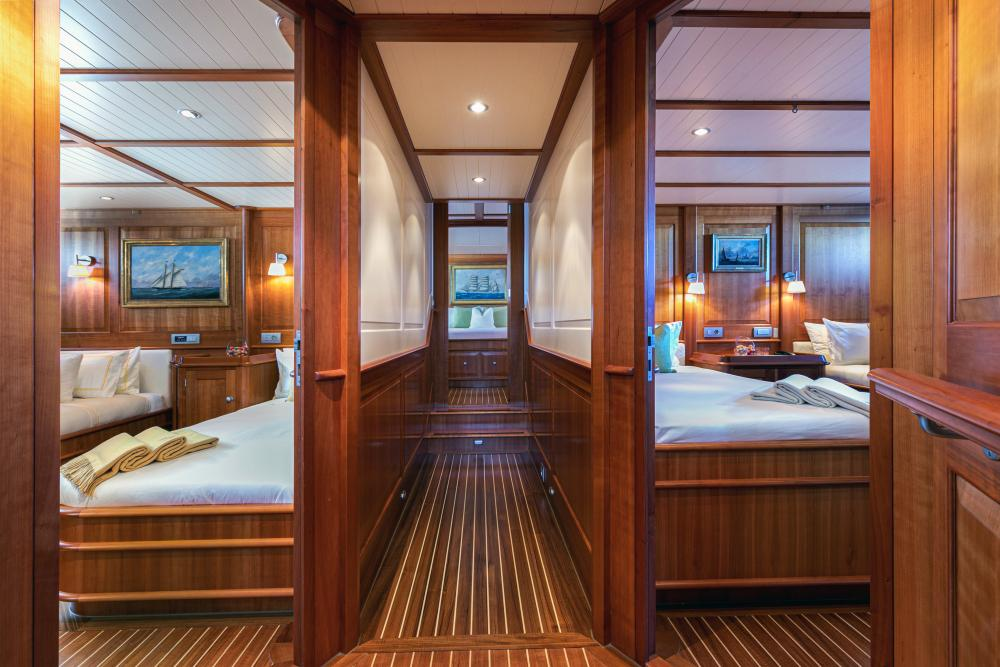 WELLENREITER - Luxury Sailing Yacht For Sale - 2 TWIN CABINS - Img 2   C&N