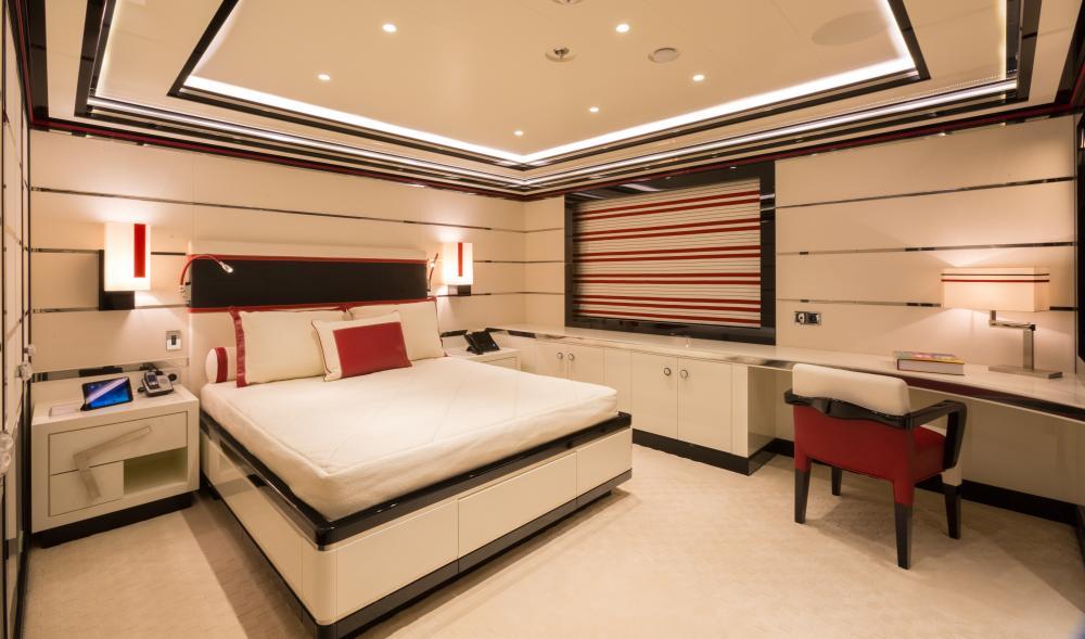 OKTO - Luxury Motor Yacht For Charter - 3 DOUBLE CABINS / 1 SINGLE - Img 1 | C&N