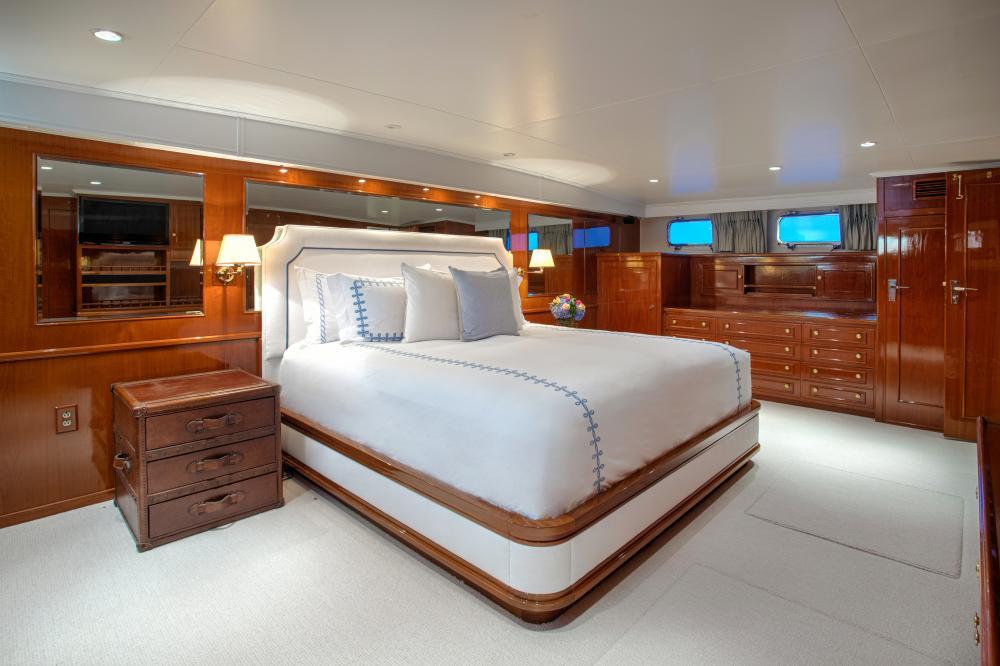 CETACEA - Luxury Motor Yacht For Charter - Master Cabin - Img 1   C&N