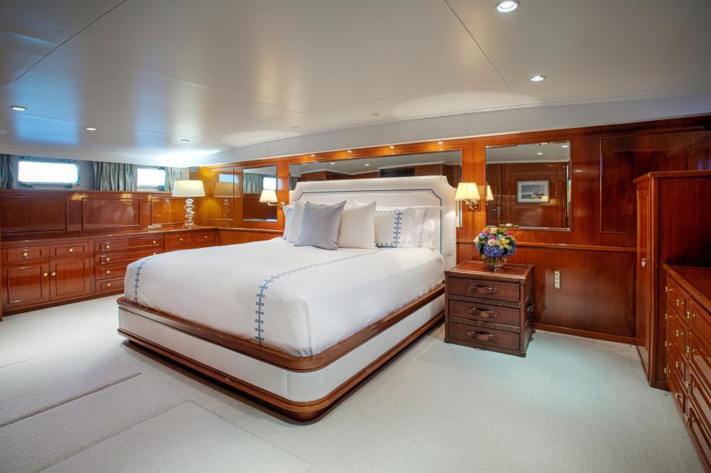 CETACEA - Luxury Motor Yacht For Charter - Master Cabin - Img 2   C&N