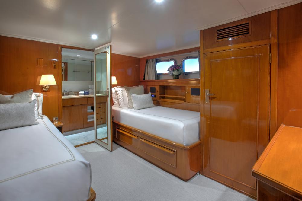 CETACEA - Luxury Motor Yacht For Charter - Twin Cabins - Img 1   C&N
