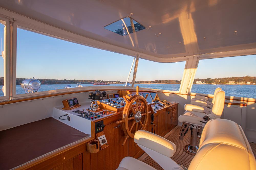 CETACEA - Luxury Motor Yacht For Charter - Pilothouse - Img 2   C&N