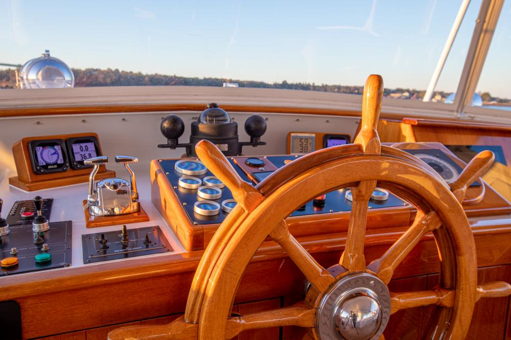 CETACEA - Luxury Motor Yacht For Charter - Pilothouse - Img 1   C&N