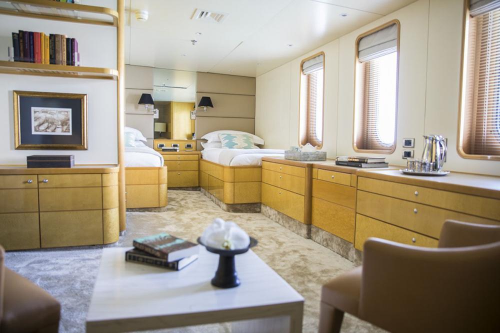 AQUA BLU - Luxury Motor Yacht For Charter - 15 Individually-designed suites  - Img 4 | C&N