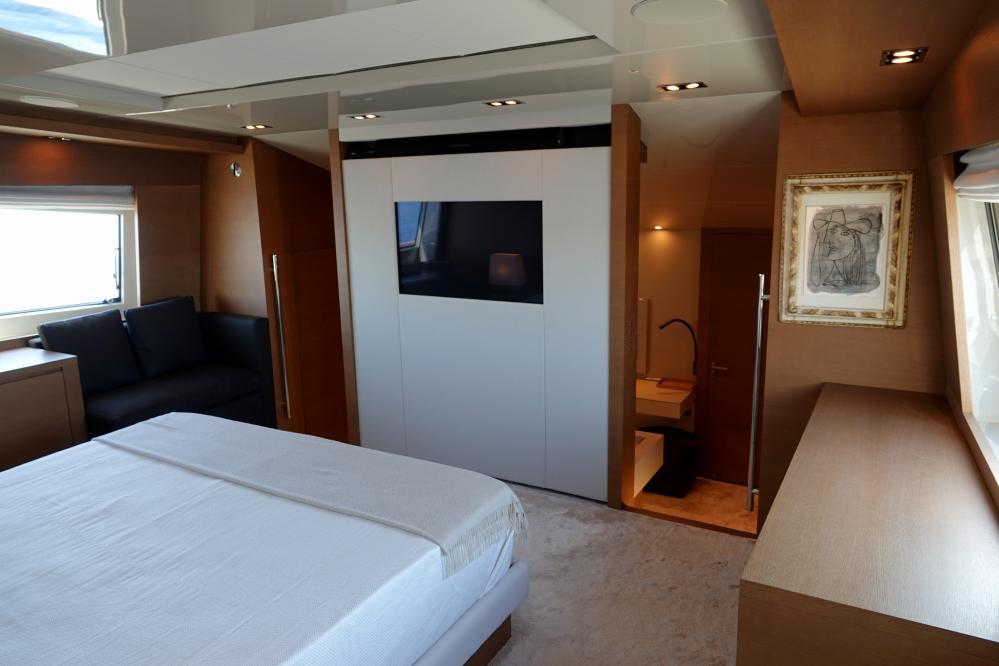 IL GATTOPARDO - Luxury Motor Yacht For Sale - Master Cabin - Img 2   C&N