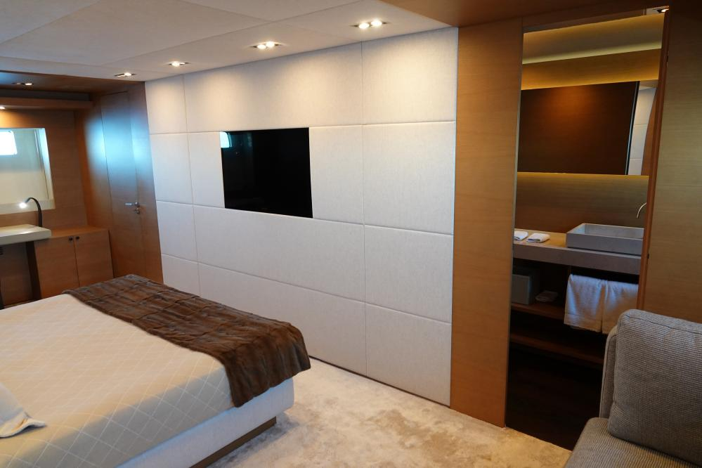 IL GATTOPARDO - Luxury Motor Yacht For Sale - Double Cabin - Img 3   C&N