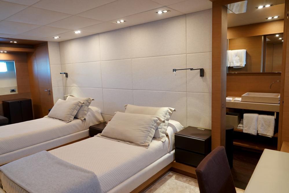 IL GATTOPARDO - Luxury Motor Yacht For Sale - Twin Cabins - Img 3   C&N